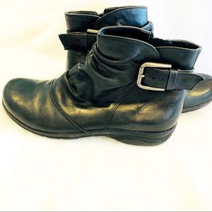 Clarks Black Leather Booties 7.5